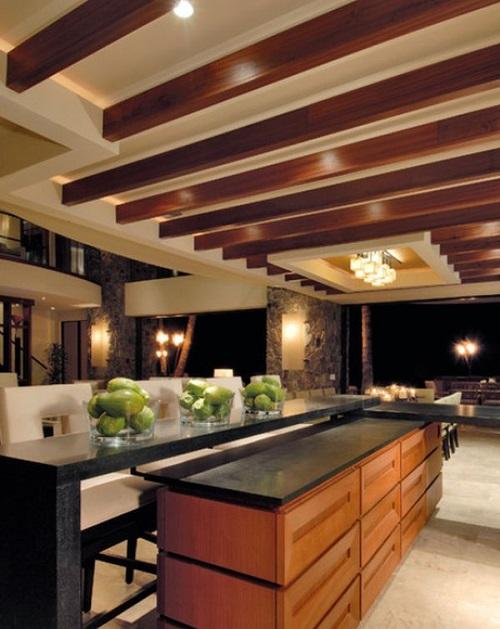 سقف کاذب آشپزخانه با ستون های چوبی